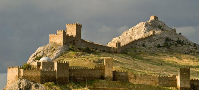 Генуэзская крепость (20 фото)