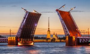 Дворцовый мост Санкт-Петербурга (16 фото)