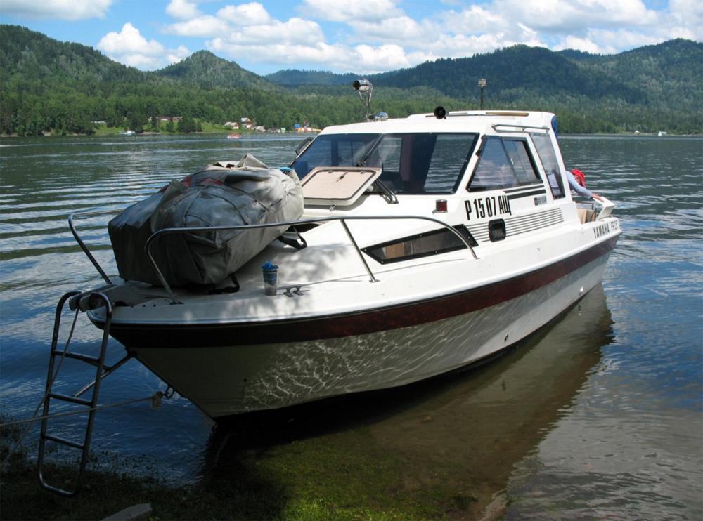 судно для платной рыбалки