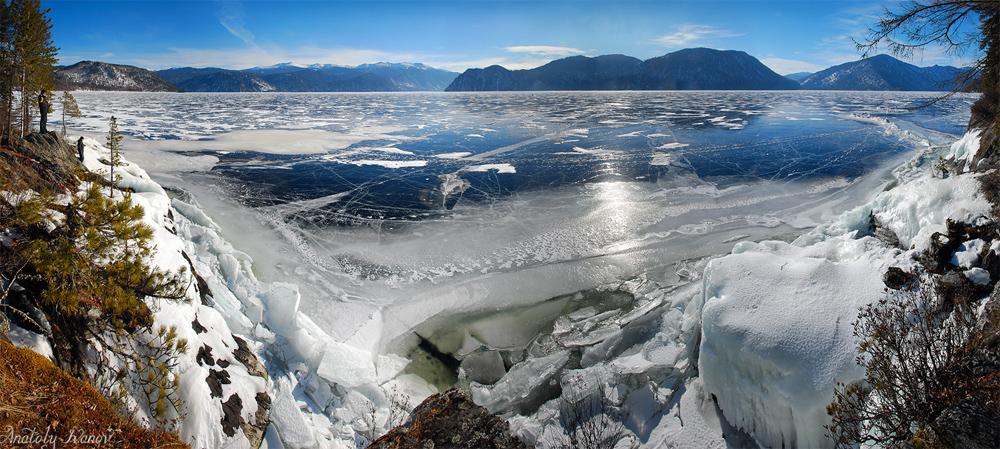 Телецкое озеро зимой