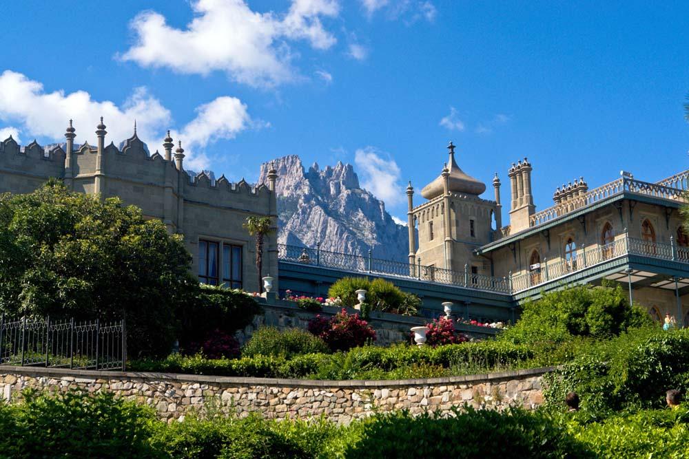красивый вид на дворец