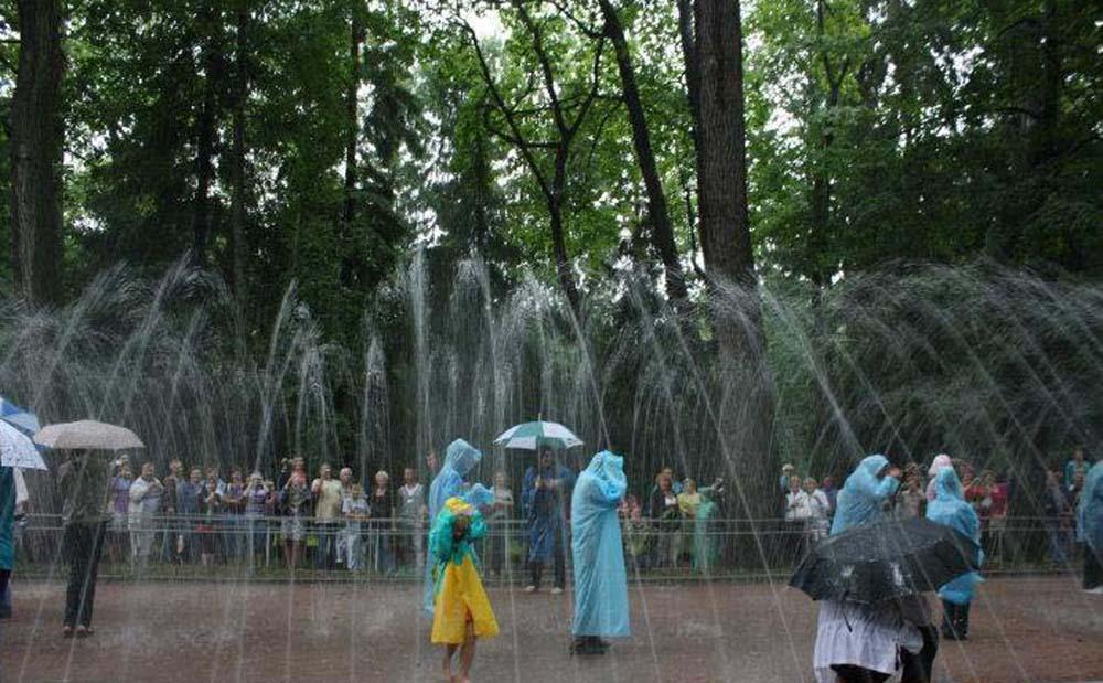 Водянная дорога - любимое развлечение Петра I и туристов