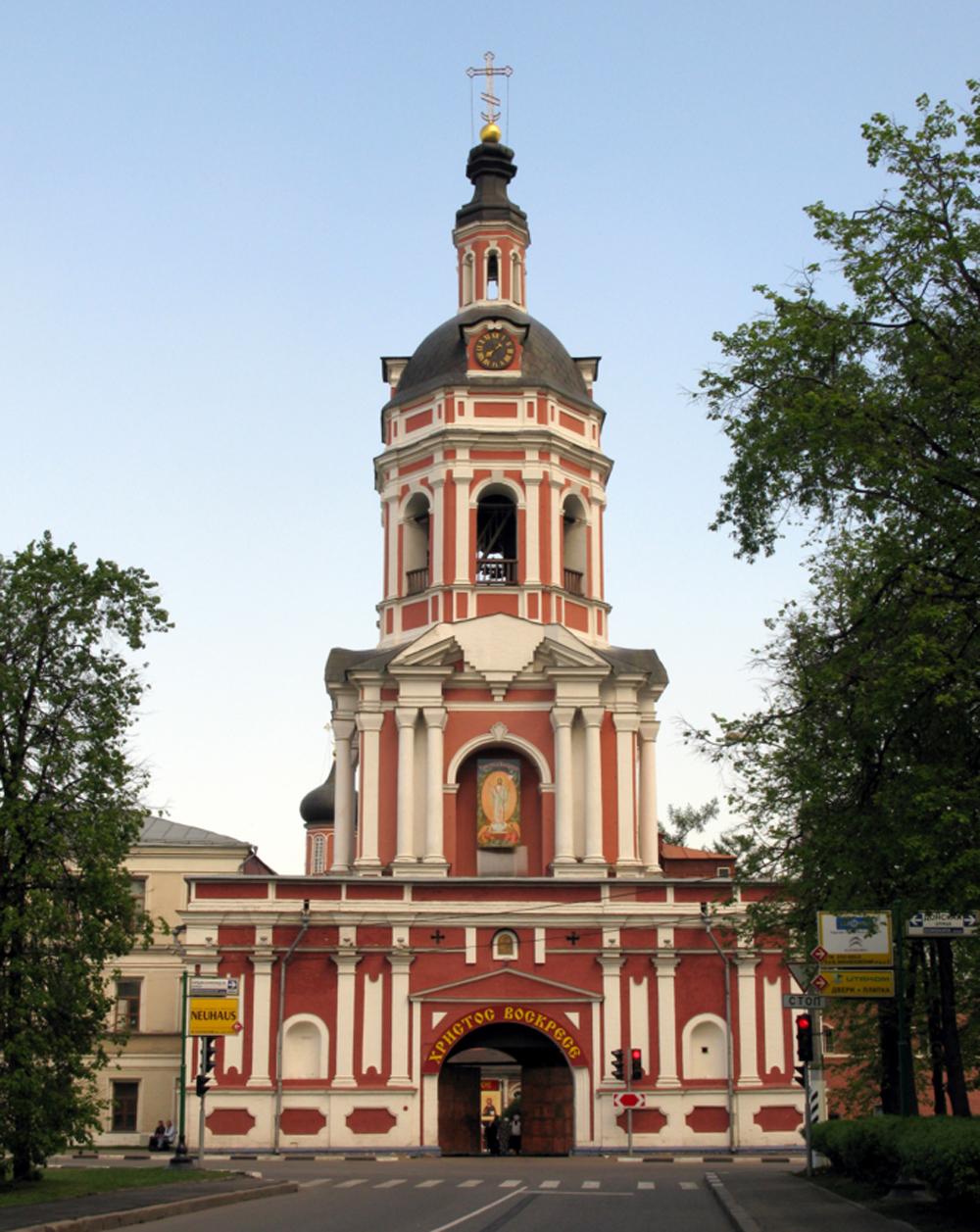 фасад Донского монастыря