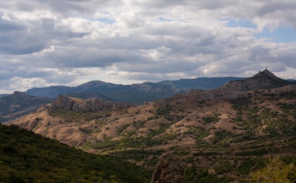 панорамный вид заповедника Карадагского