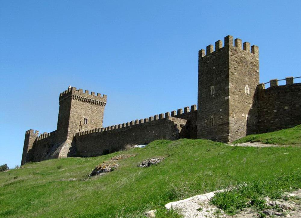 Генуэзская крепость 3