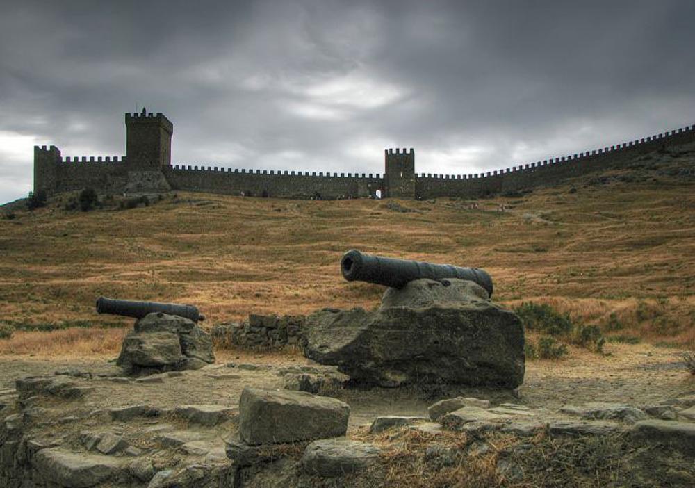 Генуэзская крепость 7