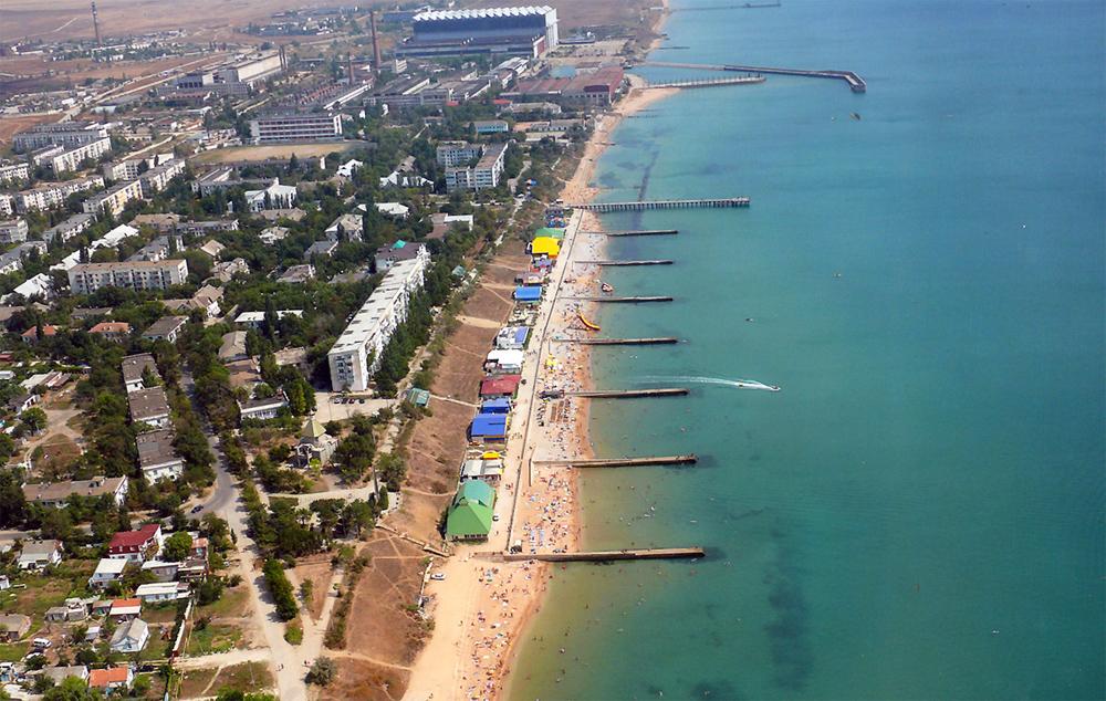 Пляжи Феодосии с высоты птичьего полета