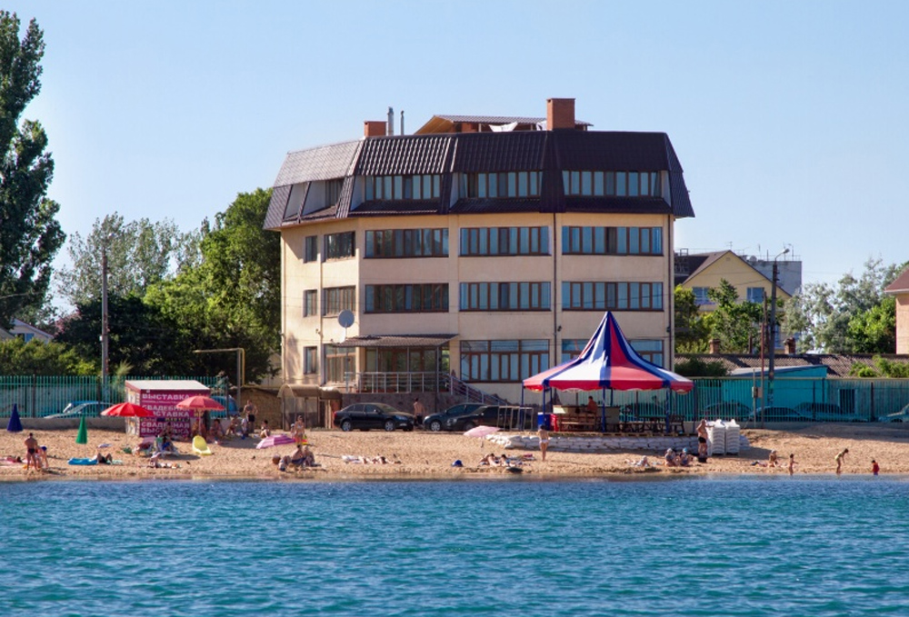 гостиница на берегу моря Феодосия