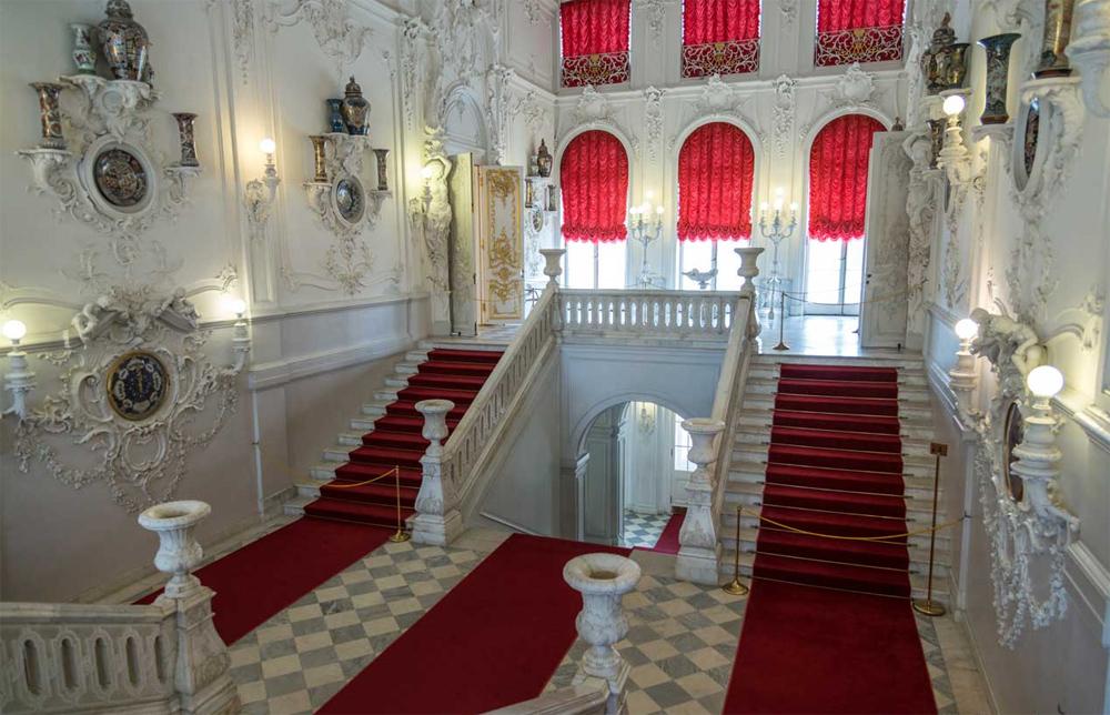 Екатерининский дворец парадная лестница