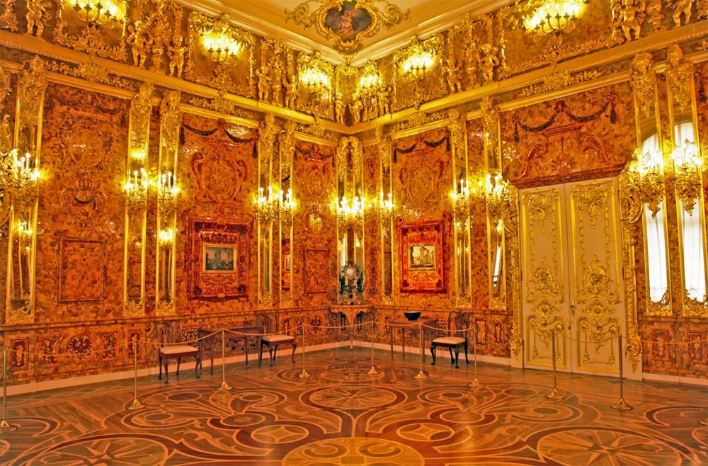 Екатерининский дворец восстановленная Янтарная комната