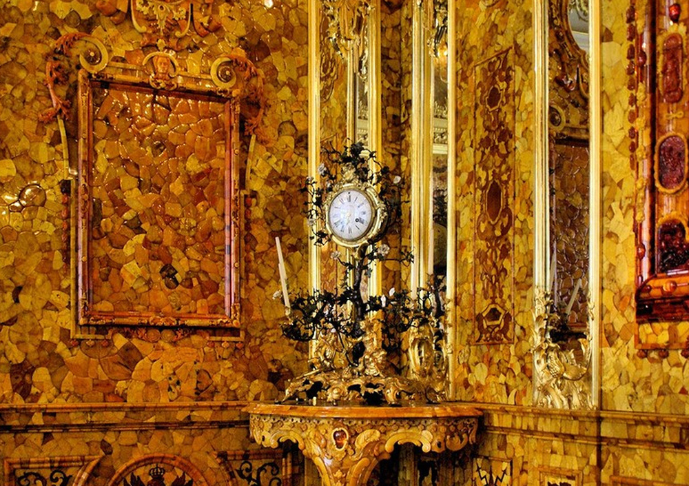часы в янтарной комнате
