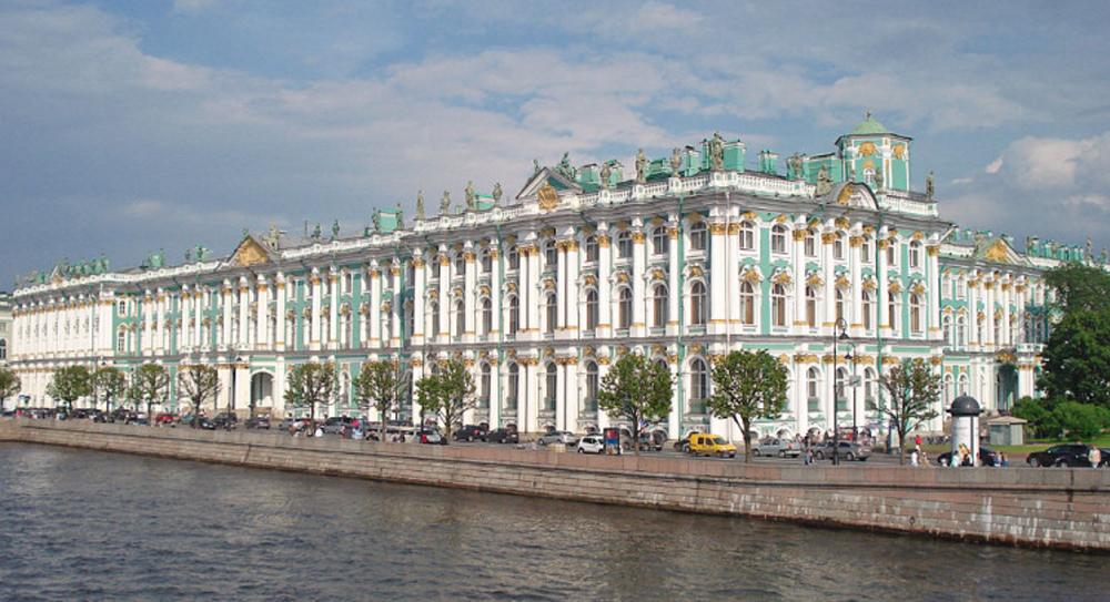 Зимний дворец фасад