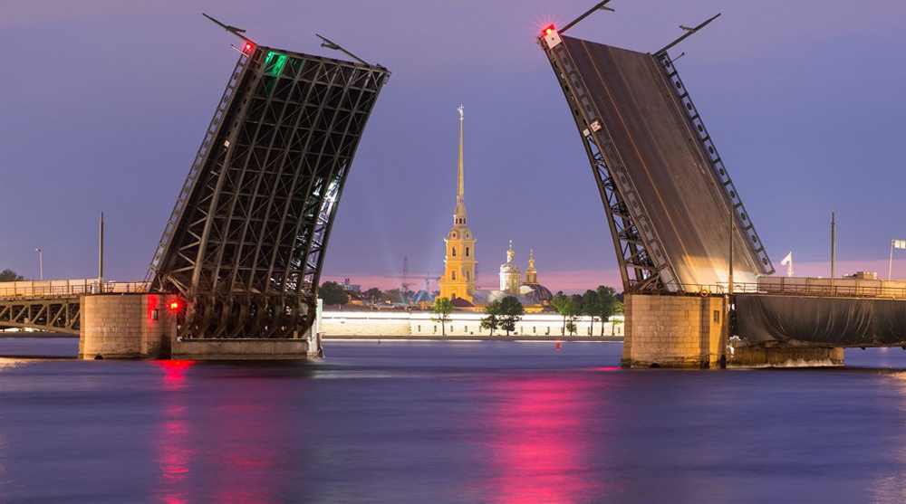 фото дворцового моста в санкт петербурге