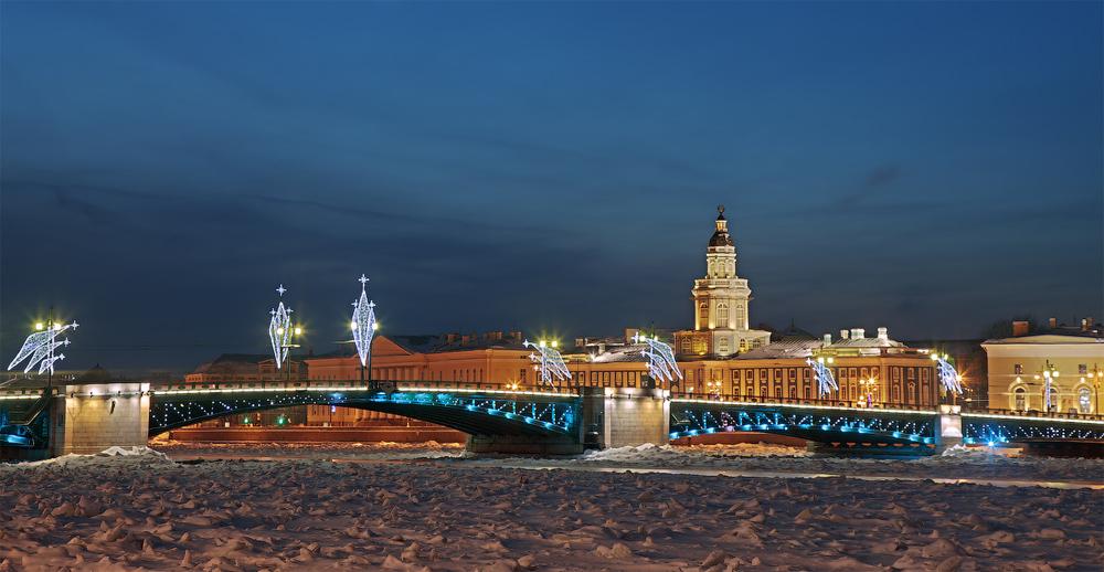 мост зимой и ночью