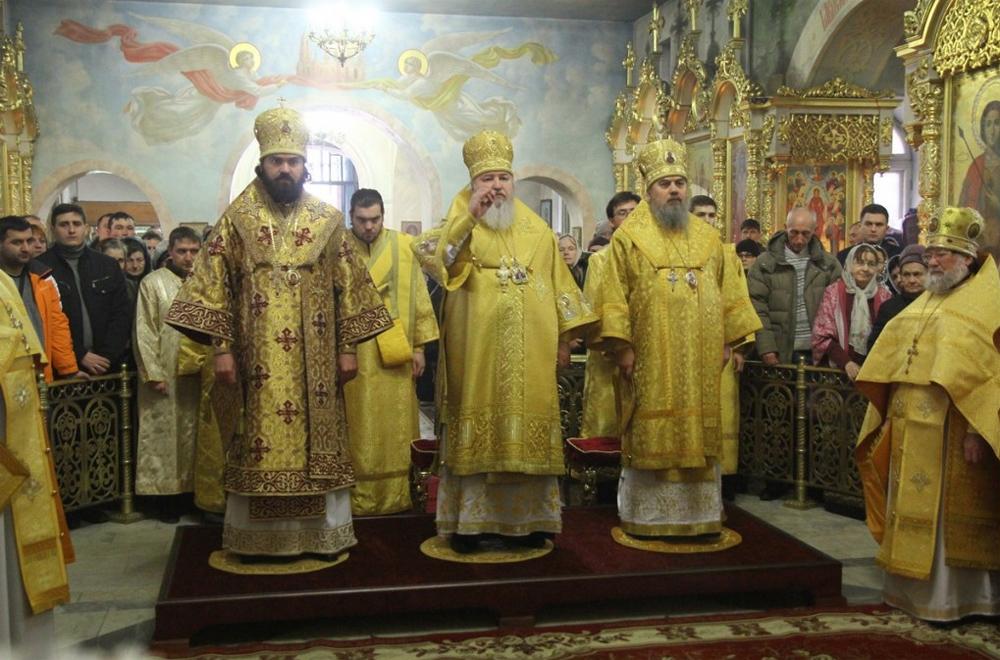 служба с патриархом