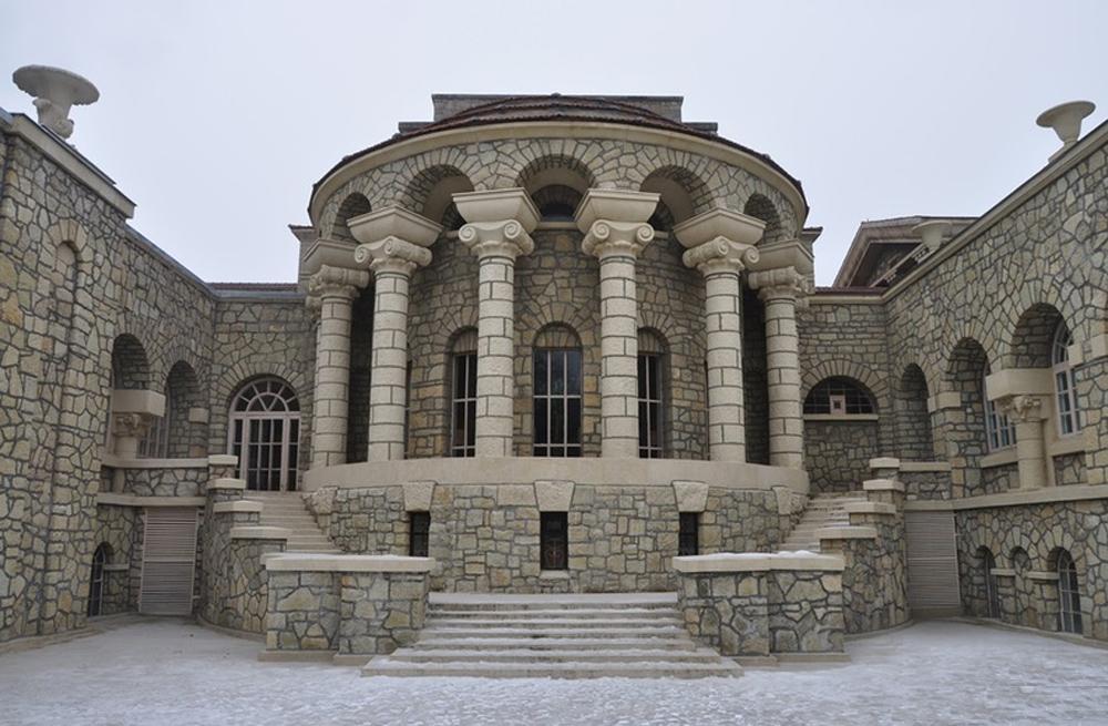 Грязелечебница вход с колоннами