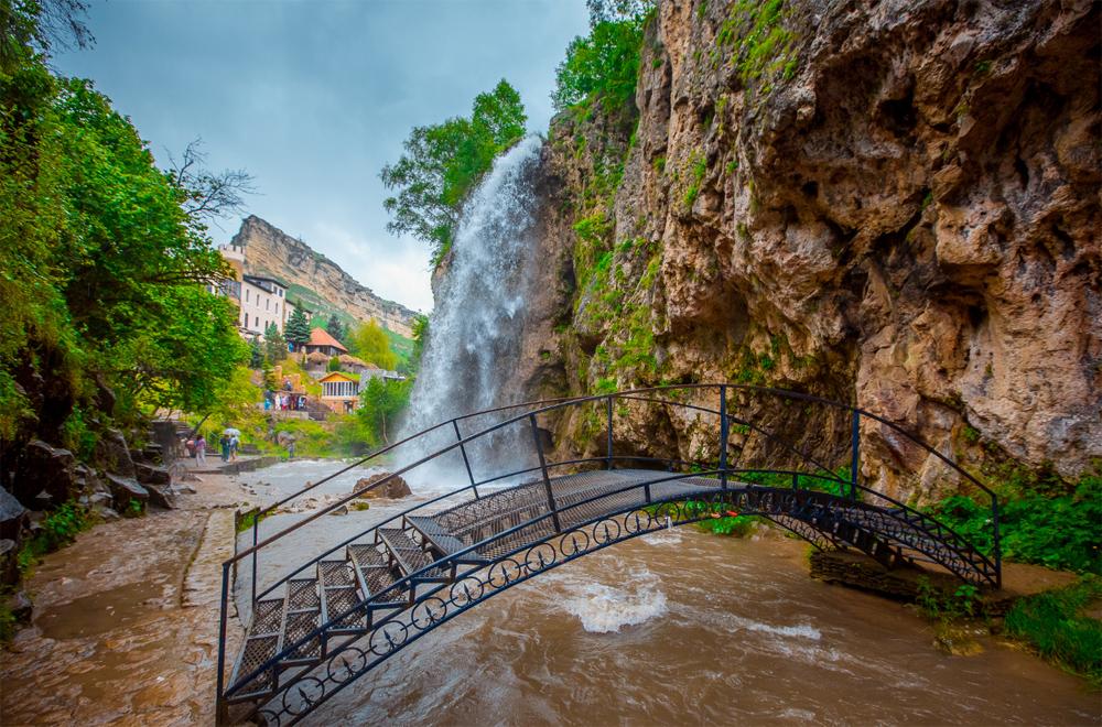 туристический мостик