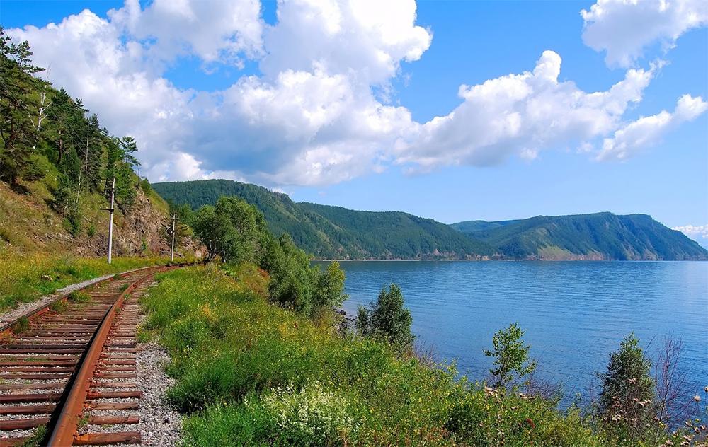 железная дорога в доль Байкала